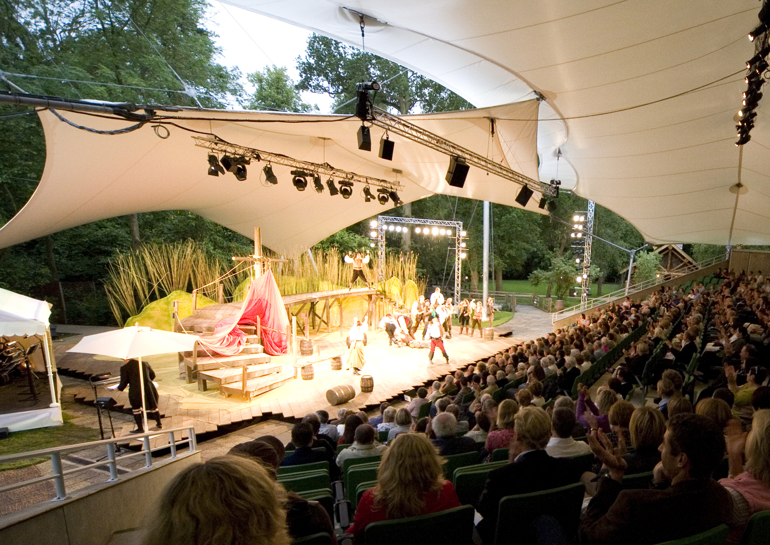 The outdoor theatre at Kilworth House Theatre