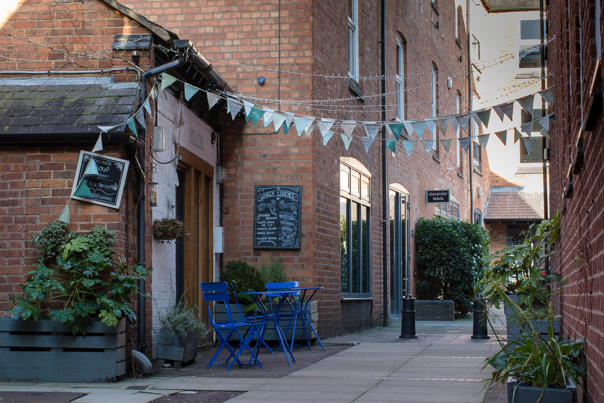 A hidden alleyway cafe which can be found in Market Harborough town centre